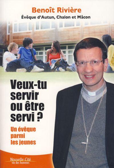 Veux-tu servir ou être servi ? Un évêque parmi les jeunes